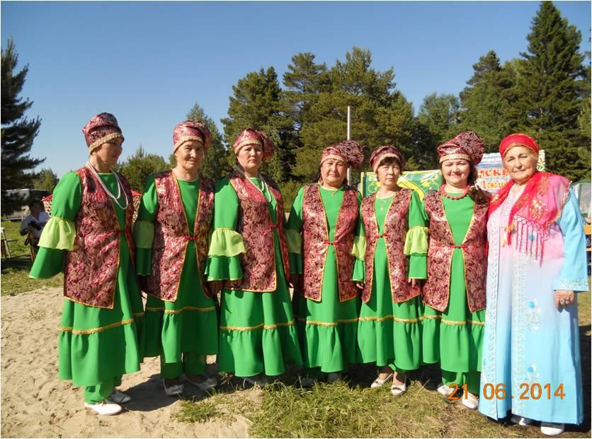 На Международном фестивале «Искер-Джиен» 2014 приняли участие в конкурсе по вокалу.