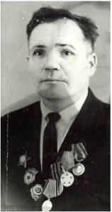 Потапов Федор Иосифович родился в д.Михайловка Камышловского района Свердловской области в 1925 году. В мирное время награжден Орденом Отечественной войны I степени.